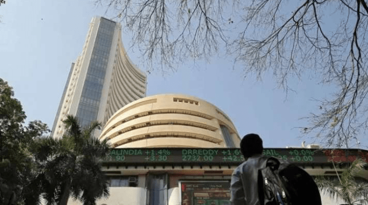 Sensex Highs Up 200 Points, Nifty 15,250 Thread By Gains In Metal Stocks