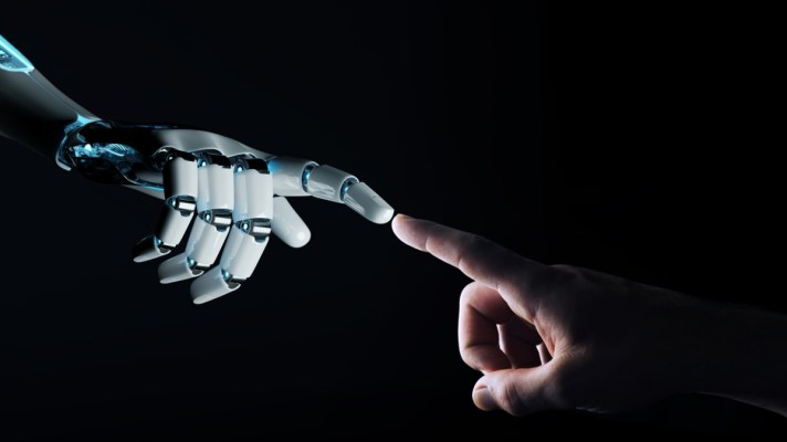 Robot Staff Amazon
