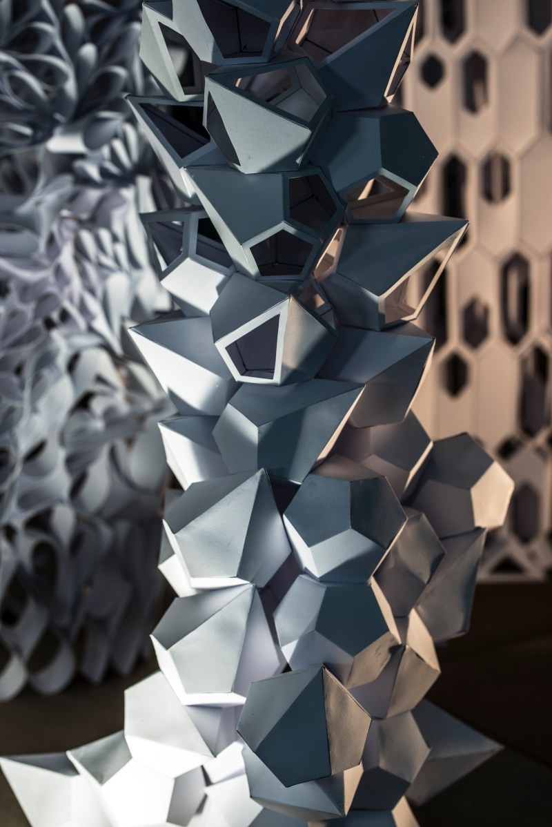 'Paper Towers' Work of the 1st Semester Design Studio | University of Innsbruck - Faculty of Architecture - Institut für Experimentelle Architektur Prof. Marjan Colletti | Educators: Marc Ihle, Peter Massin, Thomas Mathoy | Foto: Marc Ihle