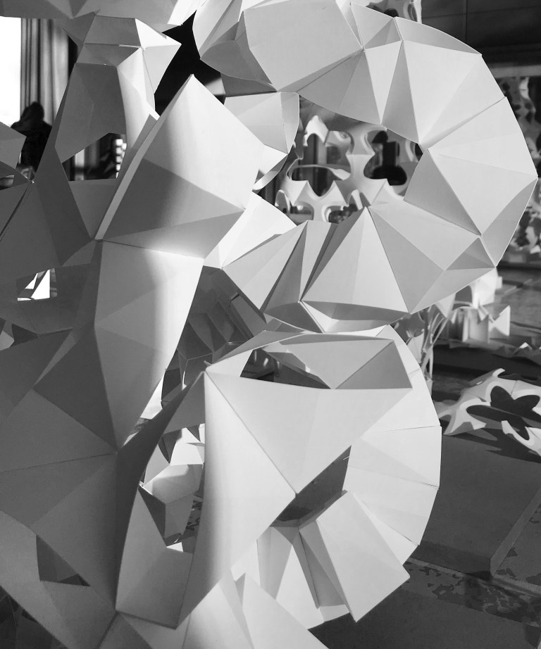 'Paper Component Tower' | Design Studio 1st Semester at the Institute for Experimental Architecture & Building Construction of the University of Innsbruck under Prof. Marjan Colletti | Educators: Marc Ihle, Peter Massin, Thomas Mathoy | Foto/Screenshot: Marc Ihle