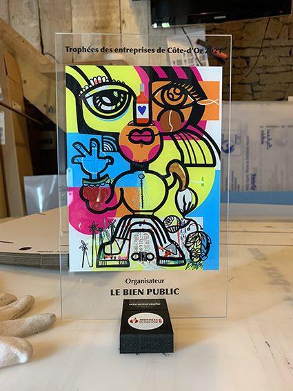 Trophée personnalisé imprimé sur plexiglass