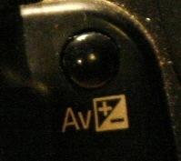 AV +-
