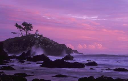 Battery Point Lighthouse by Ken Dietz