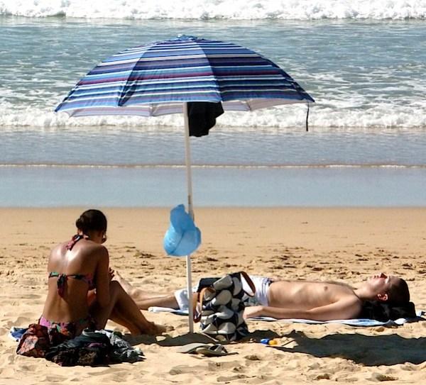 Beach people 4.JPG