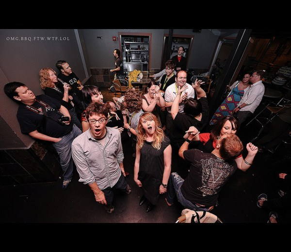 8 Tips on Taking Party Photographs
