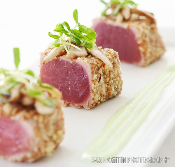 angle-8_seared-tuna.jpg