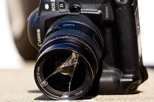 cuidado com a câmera câmera quebrada