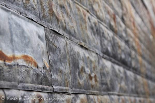 Image: Rusty wall