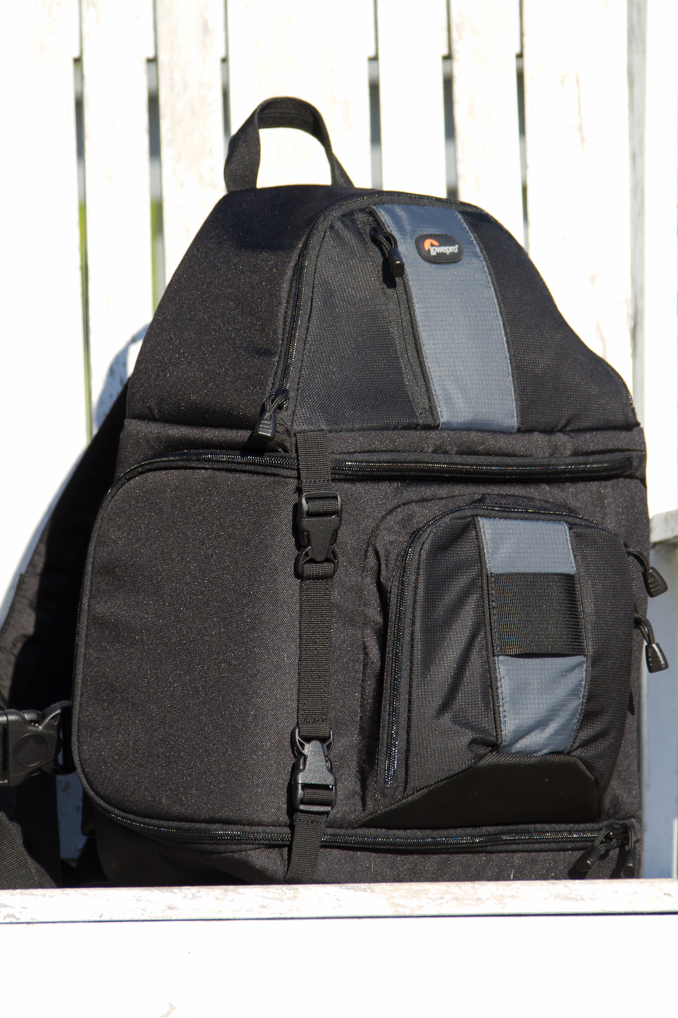 Lowepro Slingshot 302 Aw Camera Bag Review Dslr Video Pack 250aw The Fits A Niche In Photo Market Specifically For Quick Outings With Essential Gear This Is One Of Three Line