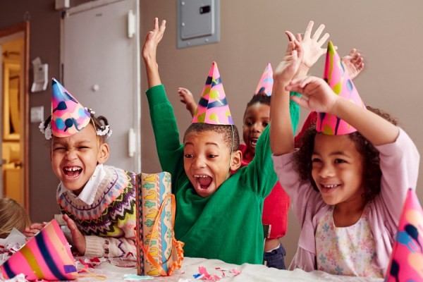 How to Photograph a Child's Birthday Party