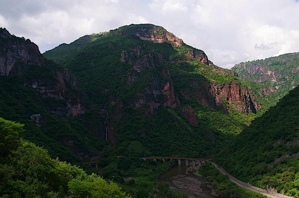 12 Train Tracks on Bridge Wide - Copper Canyon, Mexico - Copyright 2011 Ralph Velasco.jpg