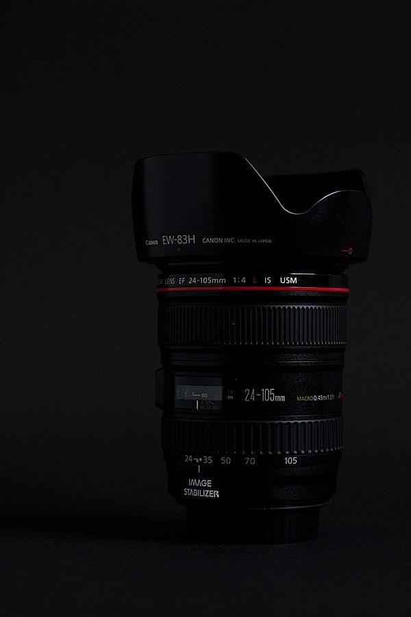 lens-black-seamless-2.jpg