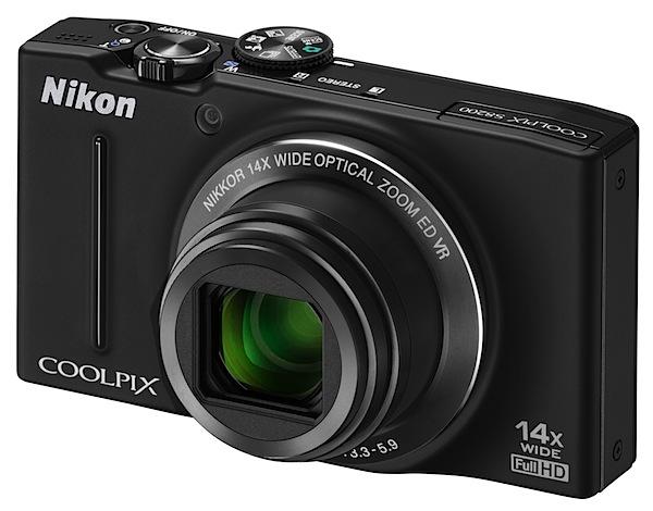 Nikon Coolpix S8200 Review front.jpg