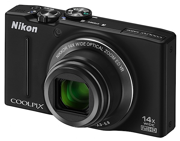 Nikon Coolpix S8200 Review