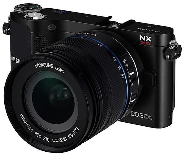Samsung NX200 front.jpg