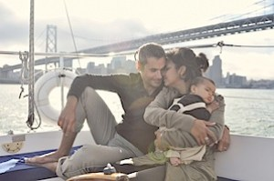 Annie-Tao-Photography-family-on-boat-in-the-Bay.jpeg