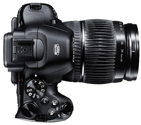 Fujifilm-X-S1_UP_24mm.jpg