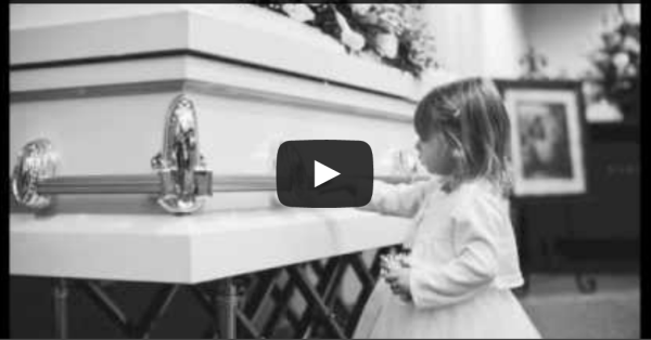 How to Photograph a Funeral :: 4 Tips I Hope you Never have to Use