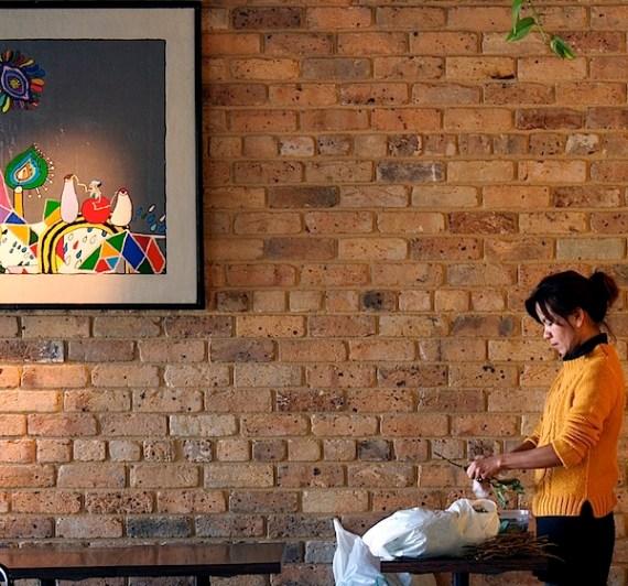 咖啡厅和girl.jpg