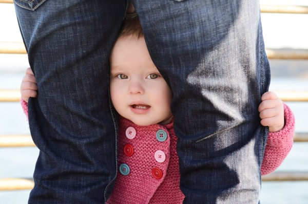 Annie Tao Photography Photographing Shy Kids toddler hiding behind moms legs