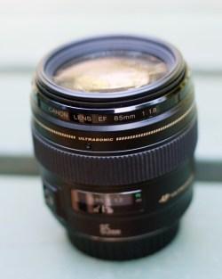 Объектив Canon EF 85мм f1.8