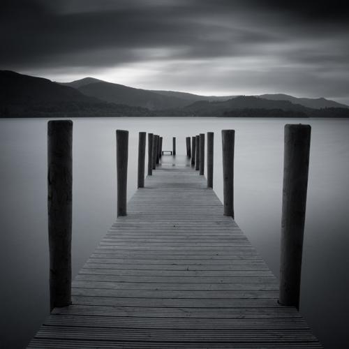 Derwent Water, Lake District, Reino Unido apresentado na proporção de 1: 1