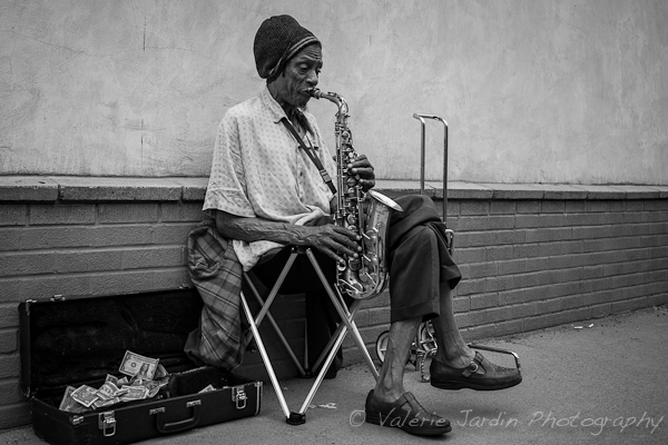 Image: Street performers are great subjects, especially when you first get started.