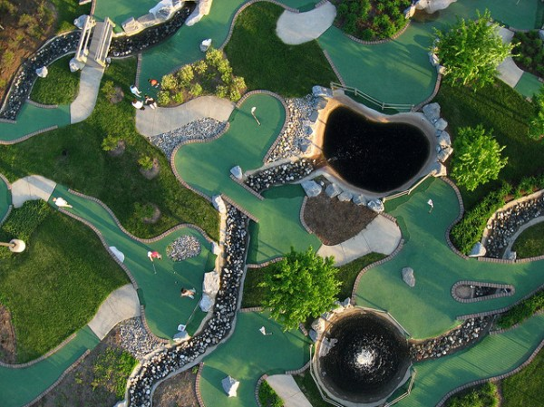 Mini golf overhead