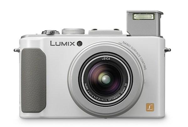 Panasonic Lumix DMC-LX7 Review.jpg