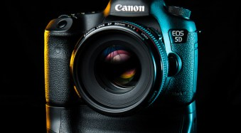 Quickly toggle Ai Servo Focus on the Canon 5D Mark III