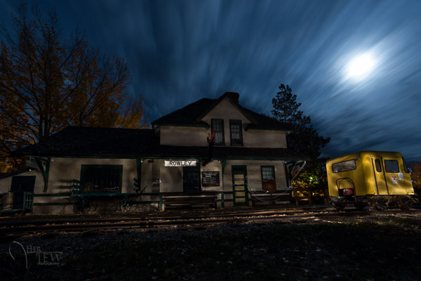Painting with Light during night photography on my Drumheller workshop