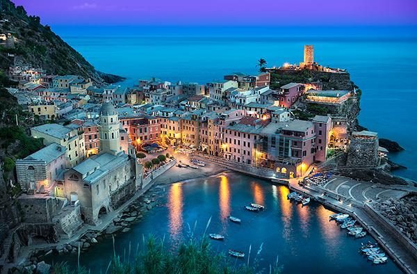 Elia-Locardi-Beautiful-Vernazza-Italy