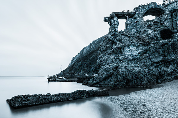 Image: A sculpture carved out of the cliffs at a castle in Monterosso | © James Brandon