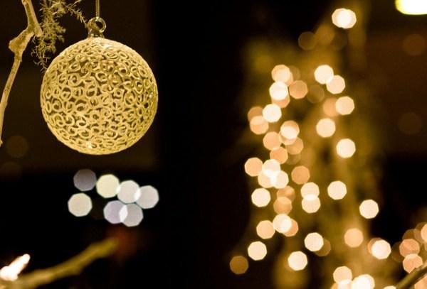 blurry christmas - Blurred Christmas Lights