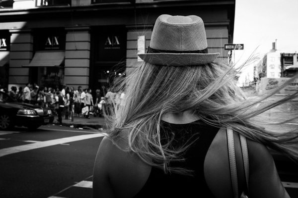 7 Street Photography Tips and Exercises to Try This Season