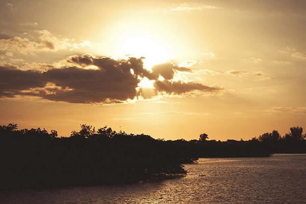 sunset_article3.jpg