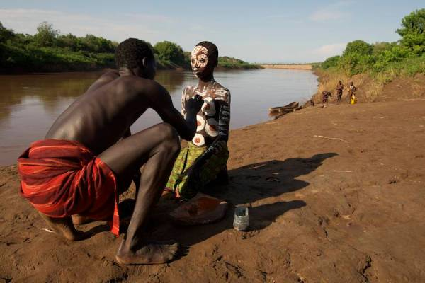 Photography-backgrounds-Omo-Valley-Piper-Mackay-11