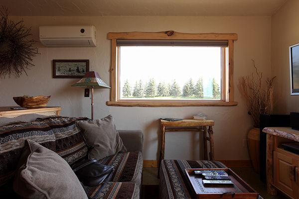 9 Montana Interior