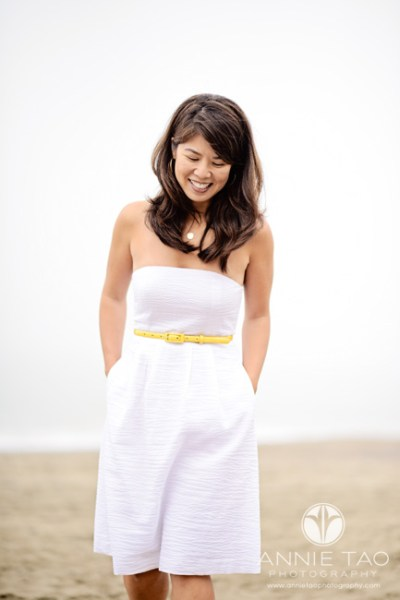 Annie-Tao-how-to-photograph-shy-adults-woman-with-hands-in-pocket