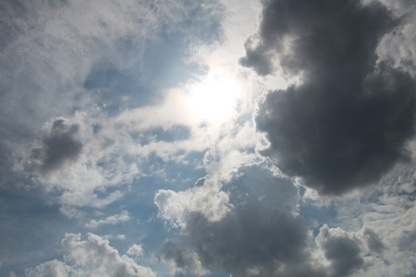3 Tips for Taking Great Cloud Photos