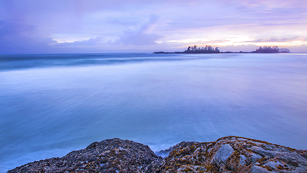 This seascape image was shot at 24mm. The clarity and colour was amazing, this has been edited in Photoshop