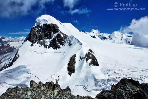 2 Magníficos Alpes suizos Suiza Montañas Naturaleza Paisaje Fotografía de aves de vida silvestre por Prathap