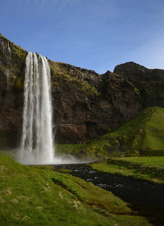 Iceland Seljalandfoss exit side 750 px