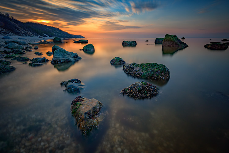 Use of neutral density and graduated neutral density filters
