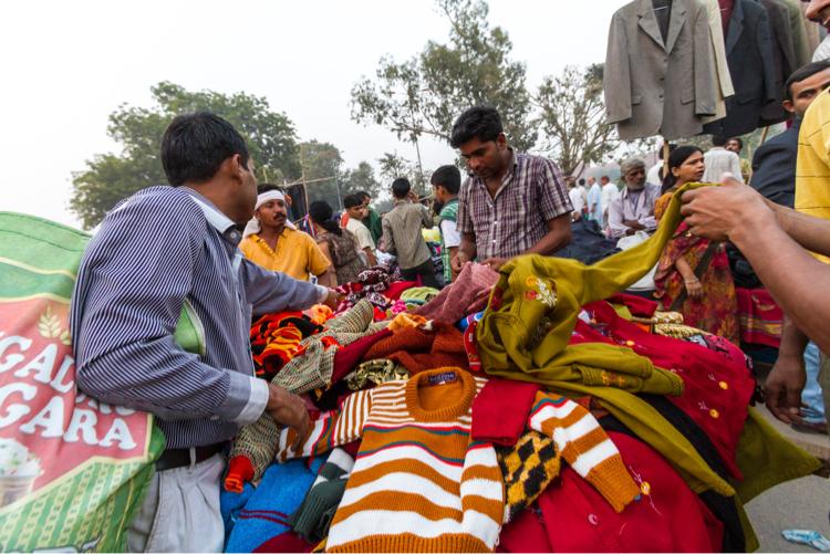 Delhi street market scene