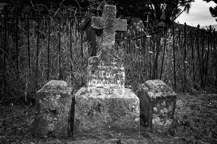 SHILL Article1 cemetary