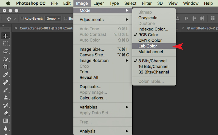 The tick next to RGB Color means that Adobe RGB is currently being used.