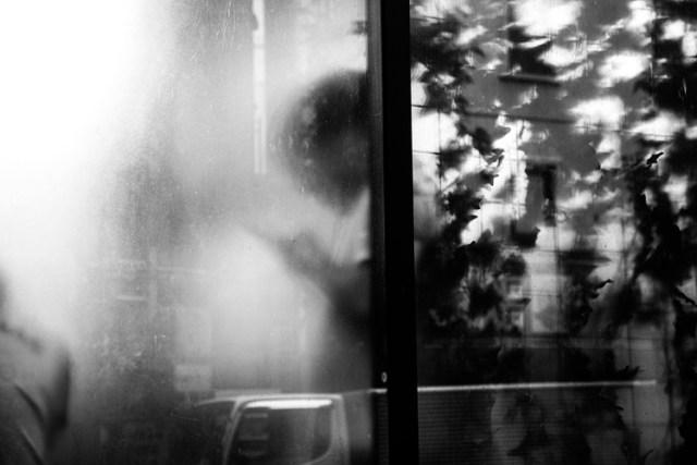 photography-through-glass13
