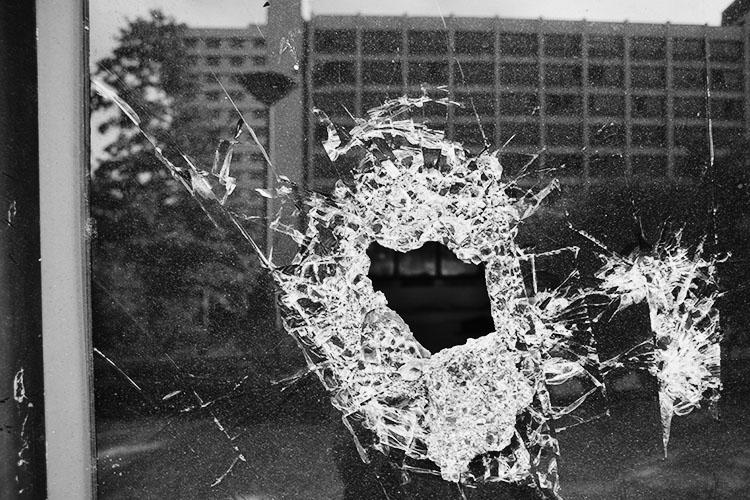 photography-through-glass14