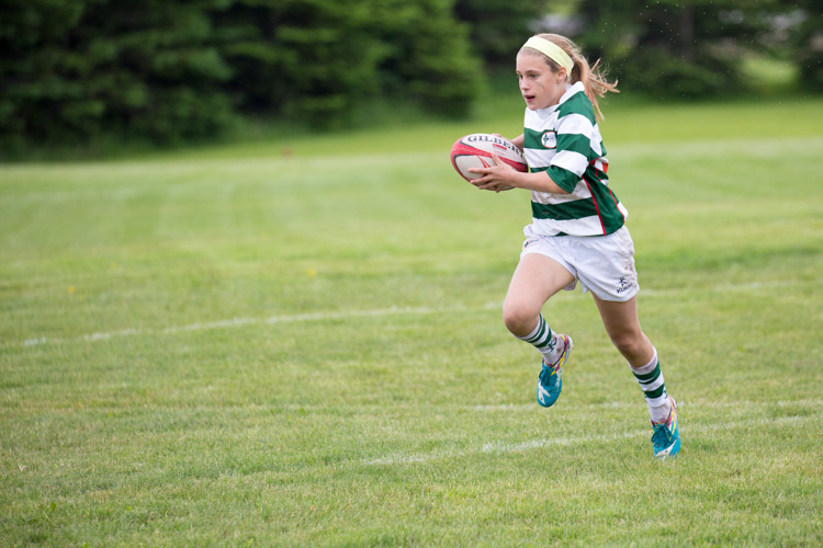 sports photography girl running